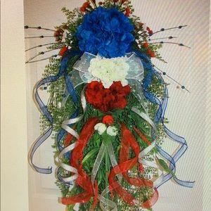 Spring Summer Teardrop Patriotic Swag/Wreath